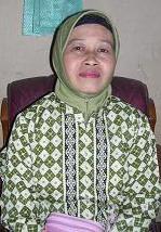 Ibu Siti Aliyah, Kepala Sekolah